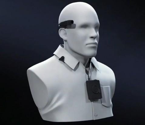 Комплект Axon Flex производства компании Taser International используется в одном из полицейских отделов Калифорнии с 2012 года