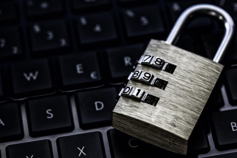 https://xakep.ru/wp-content/uploads/2015/08/data_security-1000x667.jpg