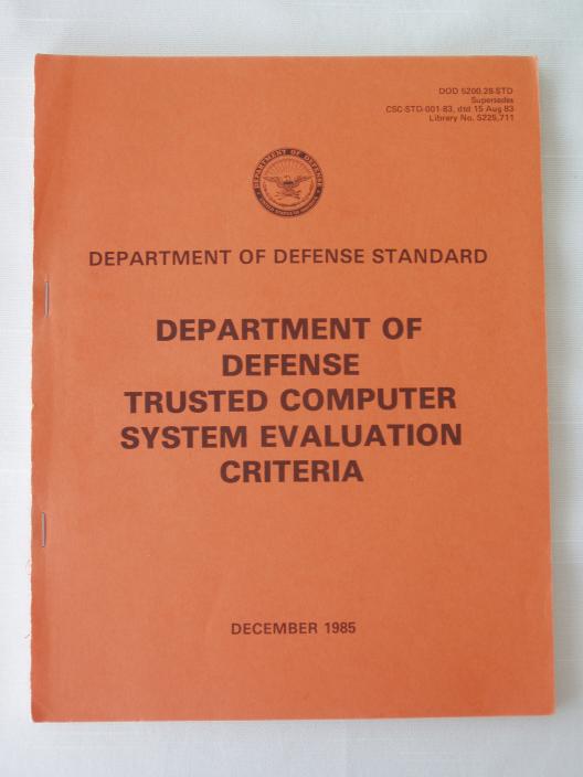 «Оранжевая книга» — один из многочисленных томов «Радужной серии», посвященной кибербезопасности