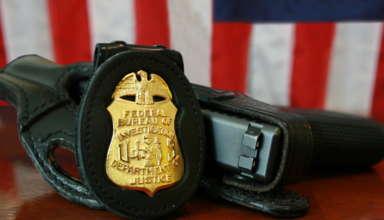 fbi_badge_-_gun
