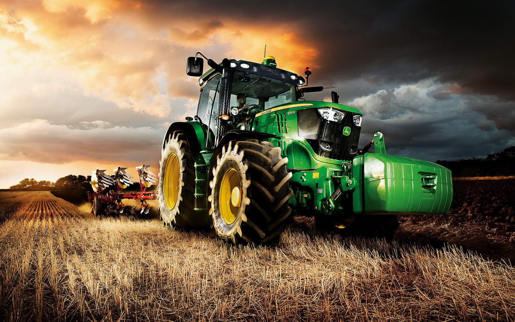 Американские фермеры вынуждены перепрошивать тракторы John Deere украинской прошивкой - «Хакер»