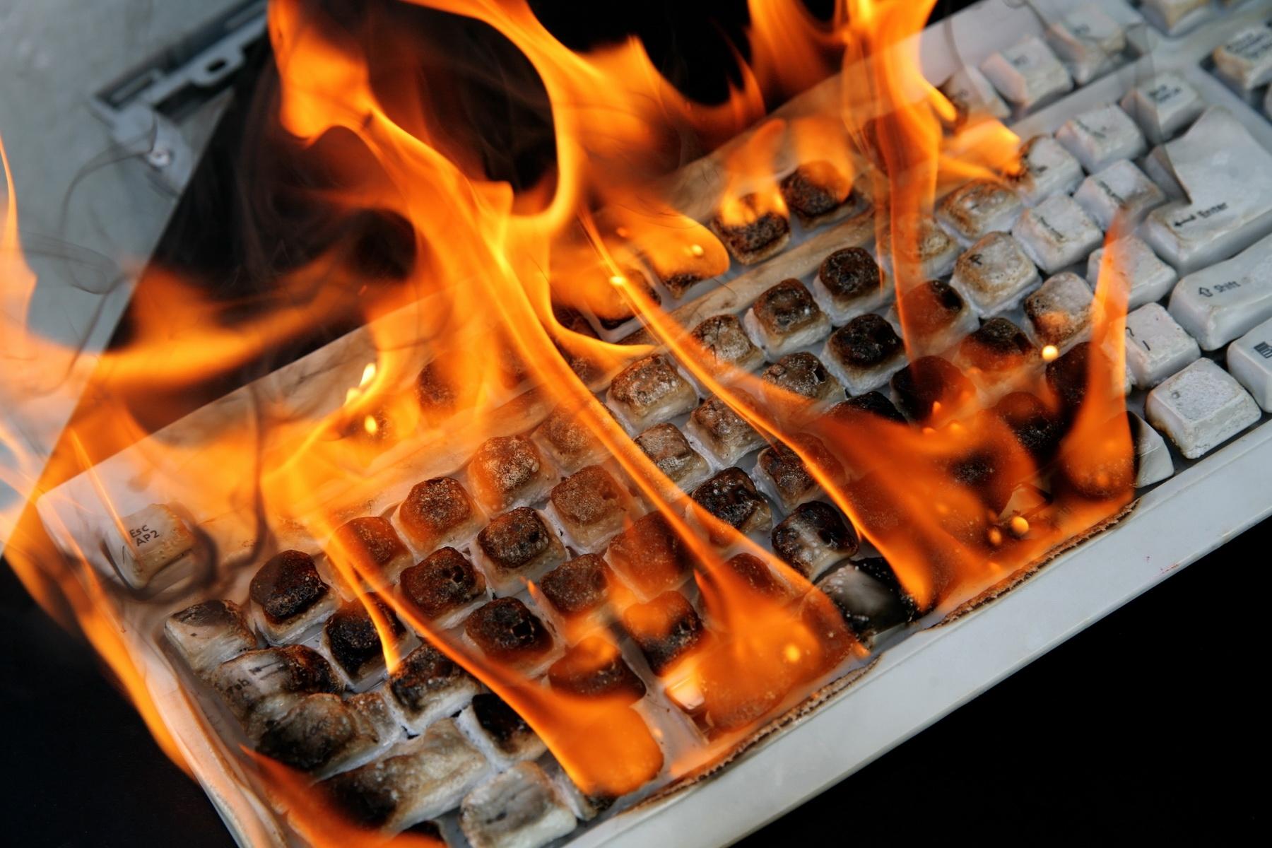 Обнаружены новые версии BrickerBot, и количество атак на IoT-устройства продолжает расти