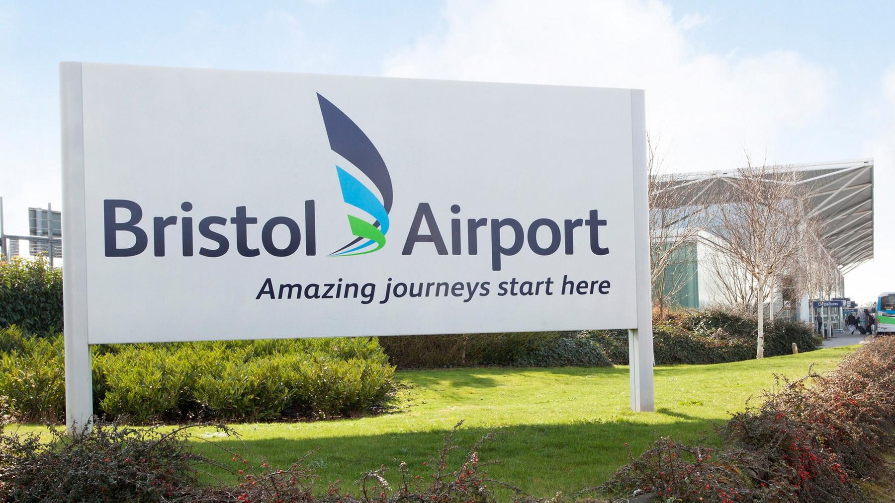 Атака шифровальщика отключила информационные табло в международном аэропорту Бристоля
