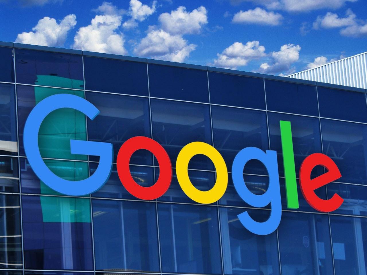 Google+ закрывается после утечки данных 500000 аккаунтов