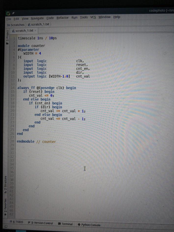 Поддерживается подсветка для огромного количества языков. Слева — код Verilog из нашей недавней статьи про FPGA