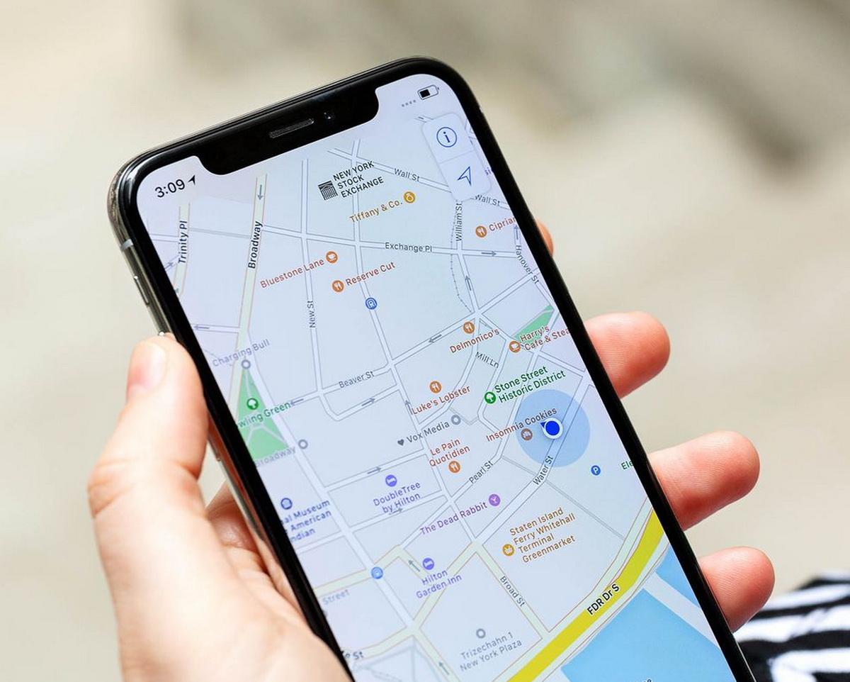 Фальшивые GPS-приложения просто показывали рекламу поверх Google Maps