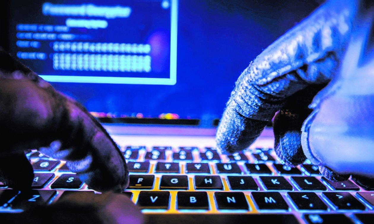 Утекшие недавно личные данные граждан Болгарии уже появились на хакерских форумах