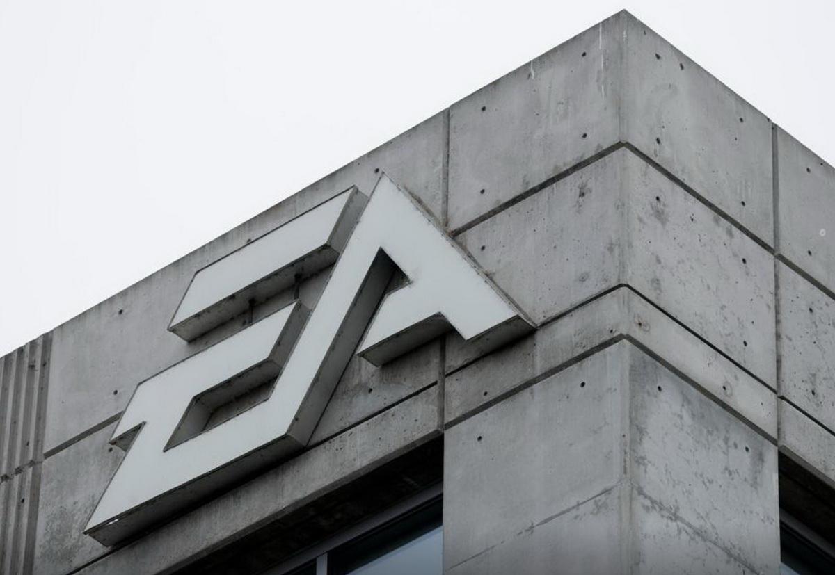 Хакеры похитили исходные коды у Electronic Arts