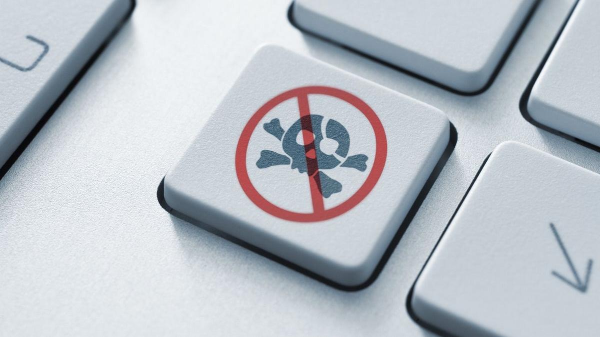 Странная малварь не дает жертвам посещать пиратские сайты