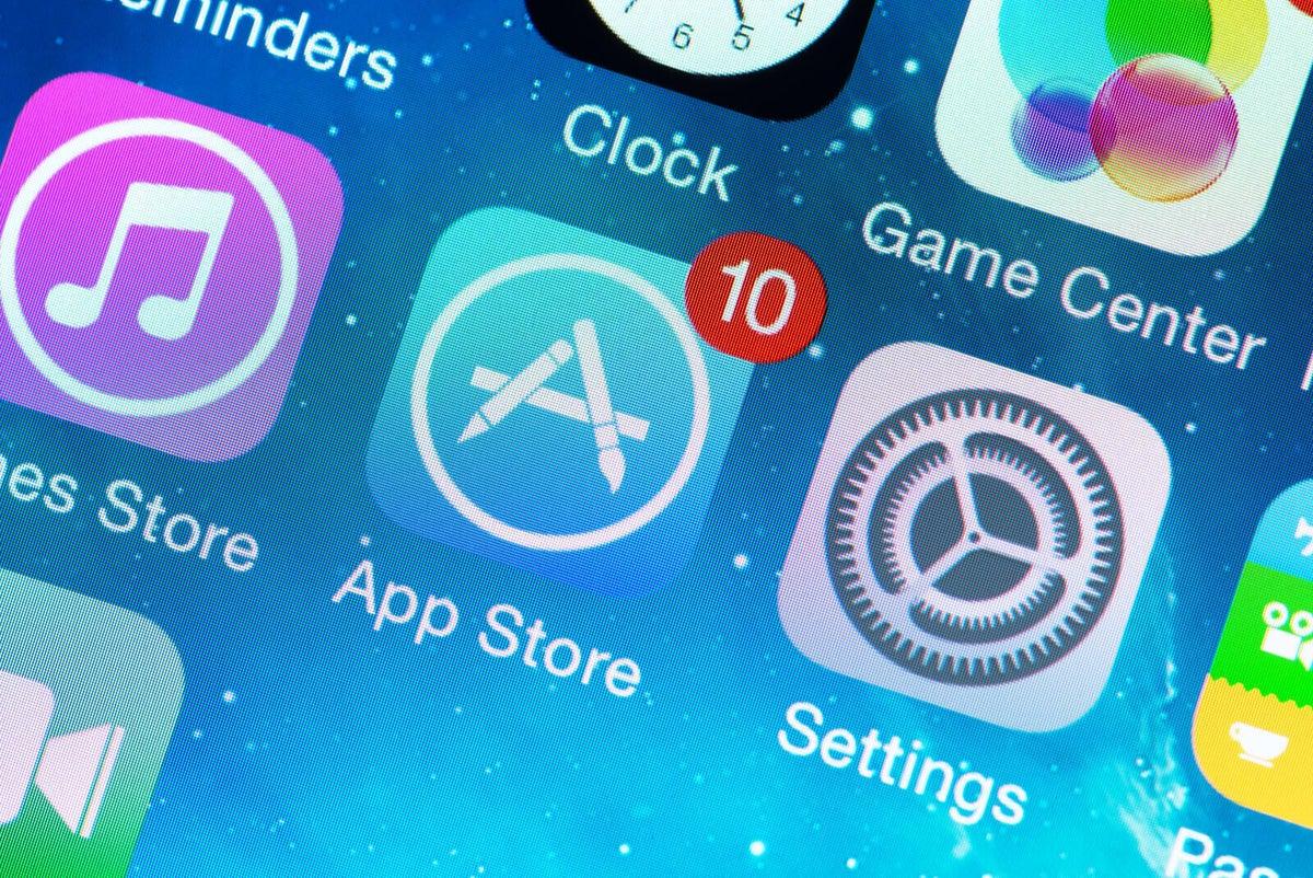 Apple: загрузка сторонних приложений на iPhone превратит их в незащищенные карманные ПК